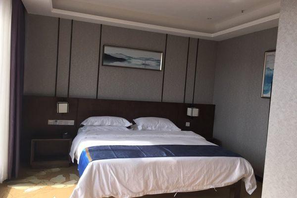 Стандартный номер с большой кроватью