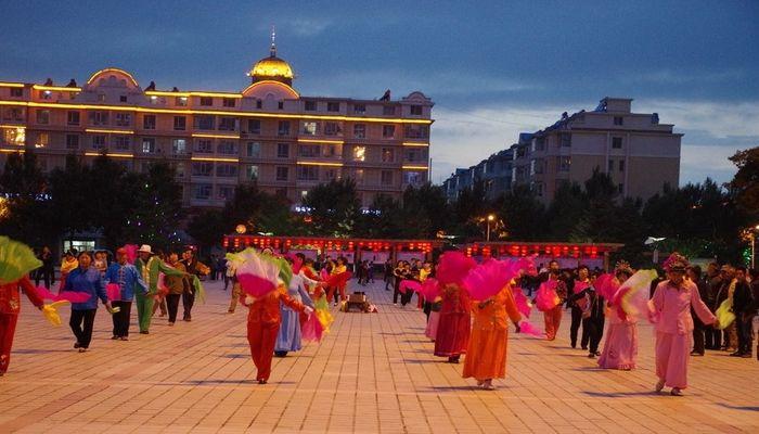 Танцы на Восточной площади