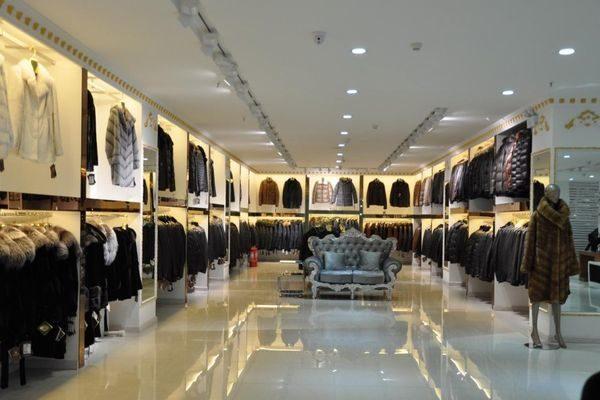 Торговый зал салона